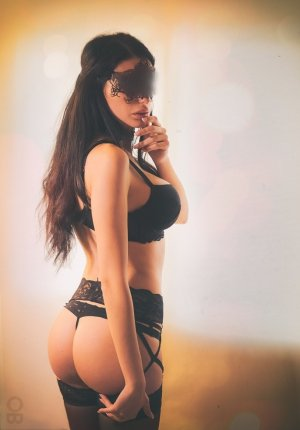 Pervenche independent escort